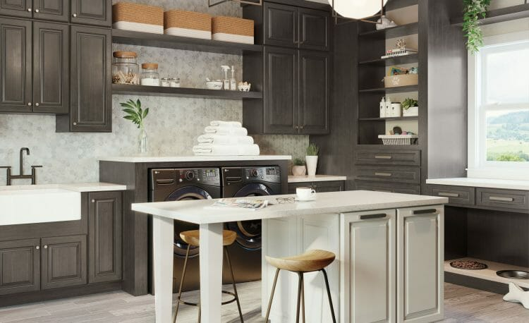 Traditional Stylish Laundry Room | Springhill Kitchen & Bath | Custom, Budget, & Commercial Cabinetry | Gainesville, FL | Featuring Waypoint Living Spaces