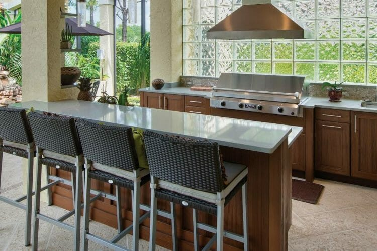 Contemporary Wood Finish Outdoor Kitchen | Springhill Kitchen & Bath | Custom, Budget, & Commercial Cabinetry | Gainesville, FL | Featuring NatureKast Outdoor Cabinetry