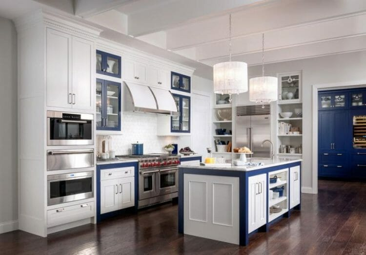 Farmhouse White & Cobalt Blue Casual Kitchen | Springhill Kitchen & Bath | Custom, Budget, & Commercial Cabinetry | Gainesville, FL | Featuring Medallion Cabinetry