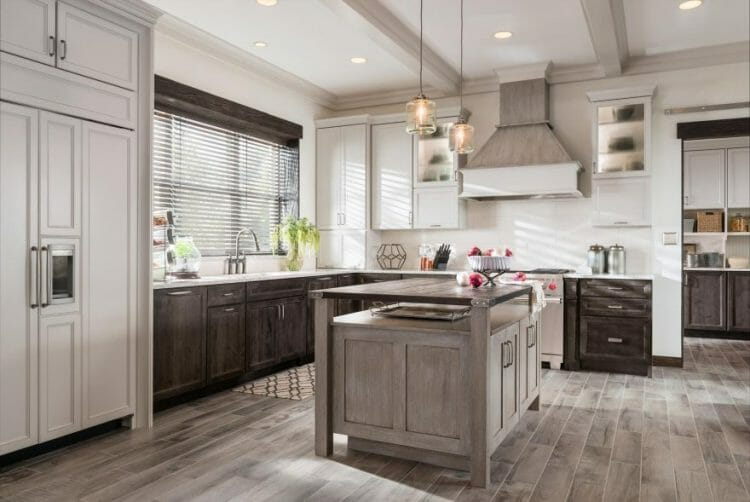 York Mission Style Traditional Casual Kitchen | Springhill Kitchen & Bath | Custom, Budget, & Commercial Cabinetry | Gainesville, FL | Featuring Medallion Cabinetry